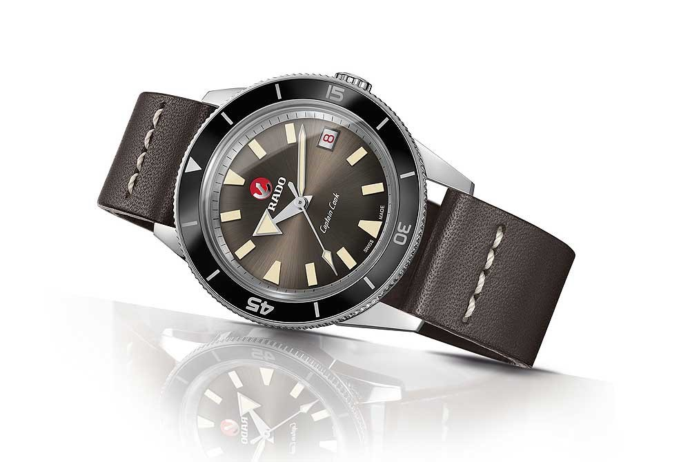 Rado Captain Cook - reclining